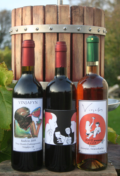 Tejn: Wine labels.
